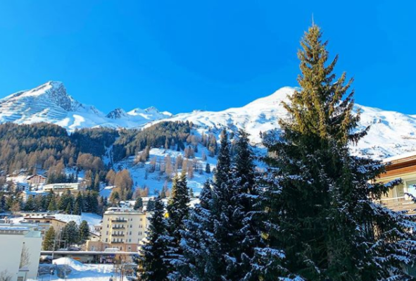 Welcome to Davos! Not a bad view from my bedroom window… @sparklypinchy