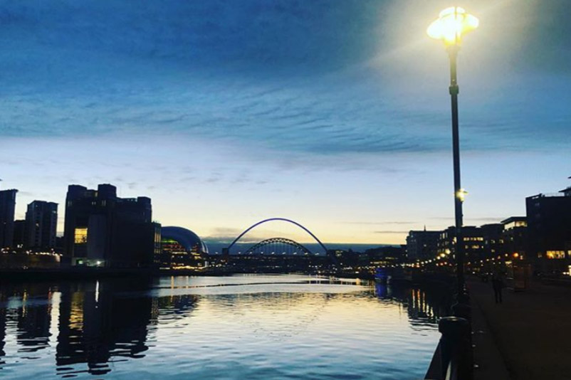 Quayside, Newcastle: Hannah Lennox (@lennyletterbox)