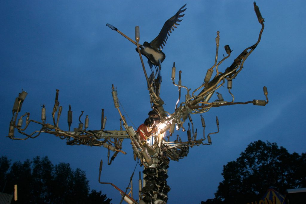 A sculpture in memory of Joe Strummer at Glastonbury Festival (Mike Goldwater / Alamy Stock Photo)