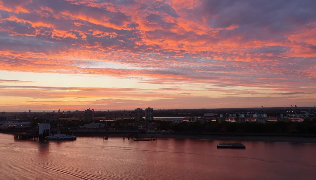 Woolwich sunset @AcademyAnn