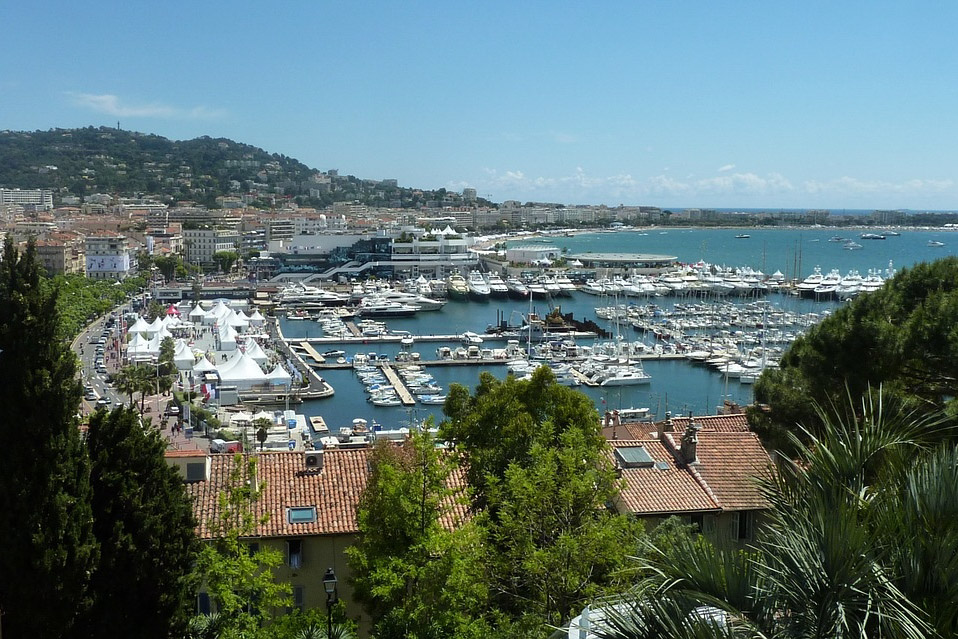 Cannes: Image by Hermann Traub from Pixabay